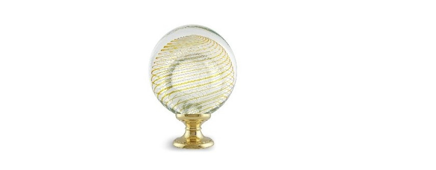 Boules d'escalier en verre, modèles SPIRALE des Verreries de Bréhat