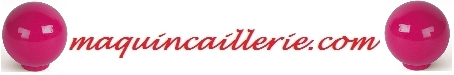 Boutons de meuble couleur fuchsia et logo