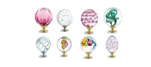 Boules d'escalier en verre