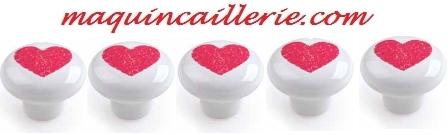 Boutons porcelaine coeur rouge et logo